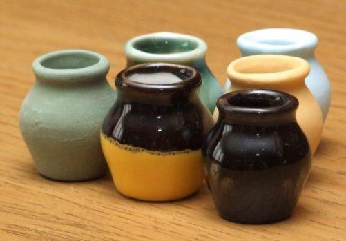 6 glazed dolls house storage jars