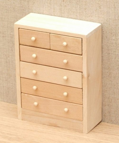 Dolls house chest of drawers