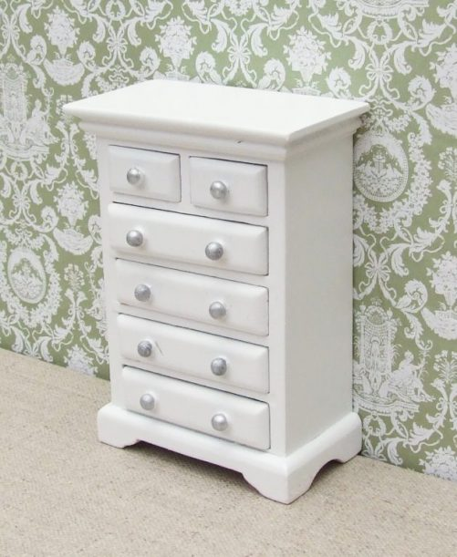 White dolls house chest of drawers